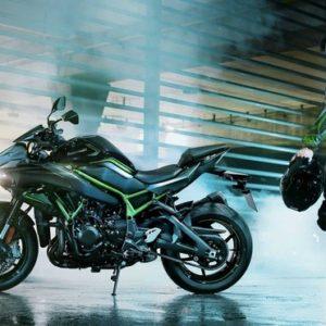 3 sản phẩm dầu nhớt hàng đầu cho xe moto phân khối lớn