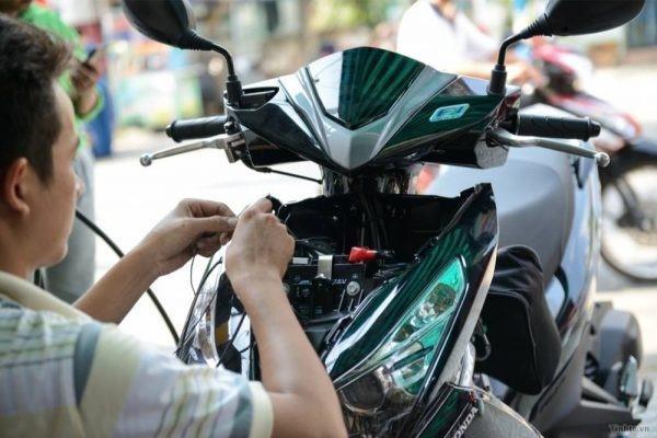 Bình ắc quy của xe tay ga thường dùng được từ 2-3 năm