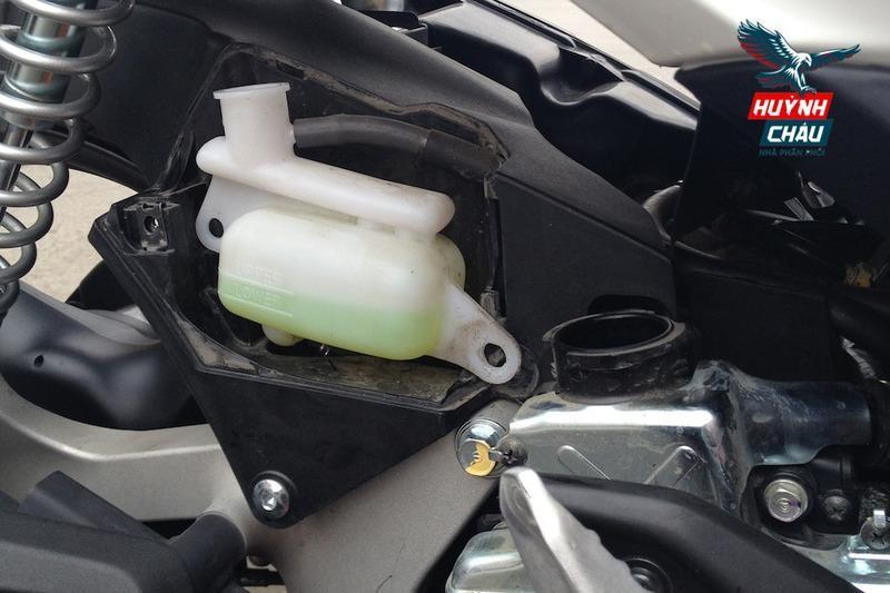 Thay nước làm mát cho xe tay ga giúp đảm bảo xe vận hành trơn tru